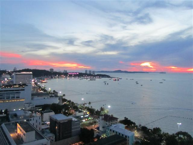VT6 25/965 Studio Luxury - Great Sea View - Condominium - Pattaya Central -