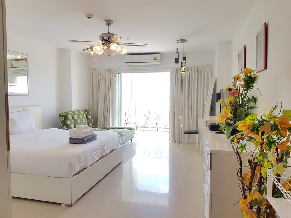VT6 20/754 Studio Luxury - Sea View - Condominium - Pattaya Central -