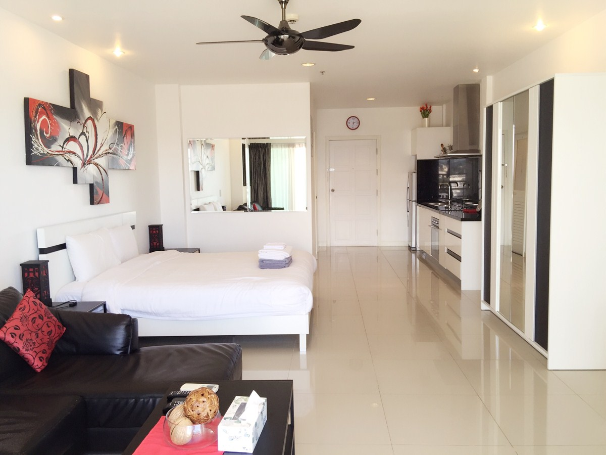 861 Studio Luxury - Sea View - Condominium - Central Pattaya -