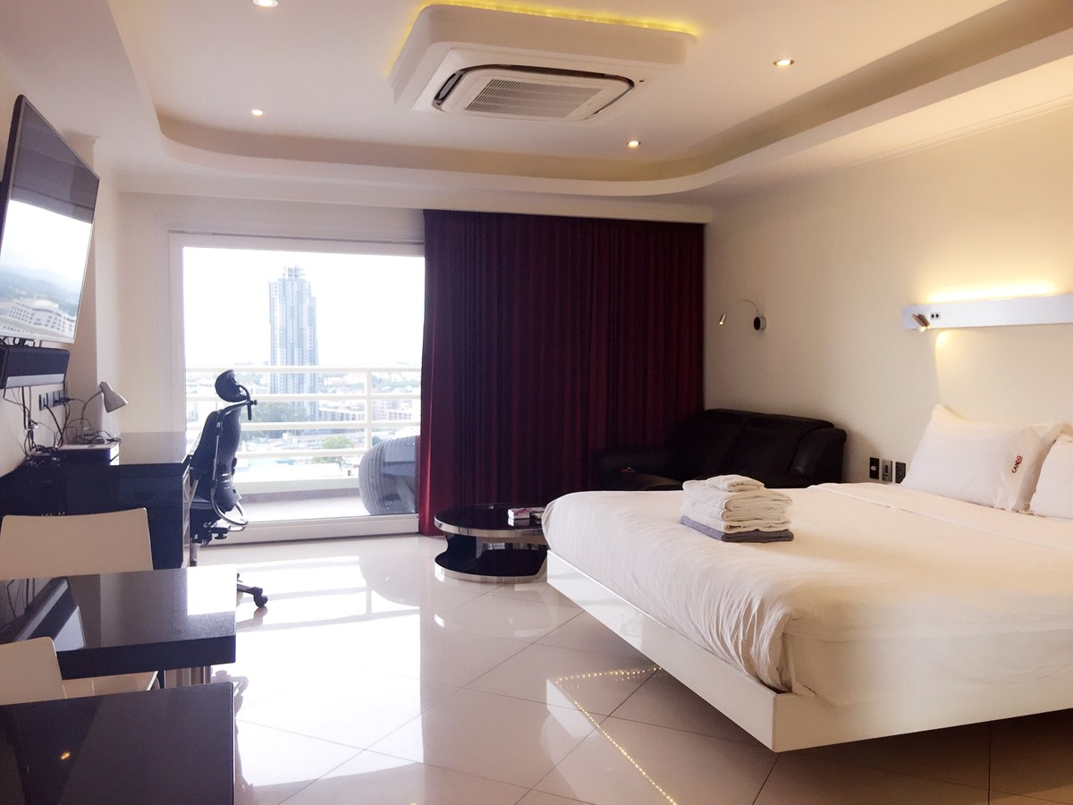 982 Studio VIP - Sea View - Condominium - Central Pattaya -